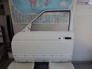 W126 560SEL 420SEL 500SEL 380SEL 500SE 380SE 300SD LEFT FRONT DOOR SHELL WHITE