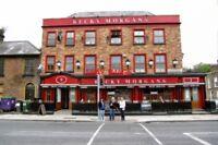 PHOTO  PUB 2011 DUBLIN BECKY MORGANS