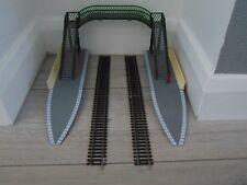 Hornby ~ Footbridge, platform, ends, track ~ OO Gauge  REF026