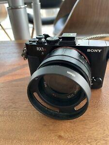 Sony RX1R Mark II Digital Camera Zeiss 2.0