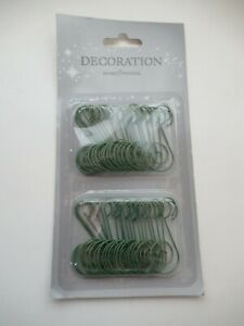 Stylish green metal decorative hanging hooks, Christmas bauble ornament hooks