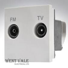 MK k5852 WHI LOGICA PLUS euro TV / FM Diplexer 50 x 50mm Modulo Nuovo