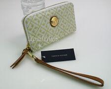 NWT Tommy Hilfiger Women's Zip Around Wristlet iPhone Case Wallet