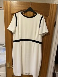 Jaeger Navy And Cream Shift Dress Size 18
