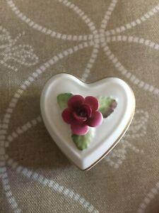 Fine Crown Staffordshire Bone China Trinket Box with Raised Flowers, Gold, Mint