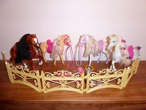 Barbie= Pferd= Zubehör= Konvolut= Zaun= Utensilien=Pferde =