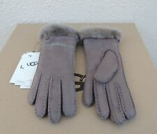 UGG STORMY GREY EXPOSED SHEEPSKIN SLIM TECH SMART GLOVES ~WOMENS SMALL ~ NWT