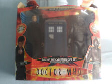 Doctor Who - Rise of the Cybermen Gift Set - 2 Figures and Money Bank