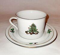 4 Cups & Saucers Tienshan Holiday Hostess Christmas Tree Gold Rims Coffee Tea