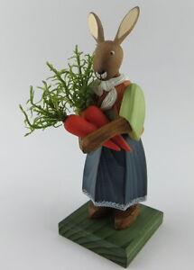 Hase Osterhase Osterhasenmädchen mit Möhren Handarbeit Fa. Gotthard Steglich
