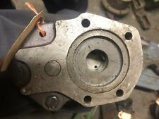 John Deere-TRANSMISSION OIL PUMP 4020