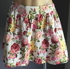 Pretty As New Floral Print Full Short Skirt w Tulle Size 10 - Vintage Vibe!