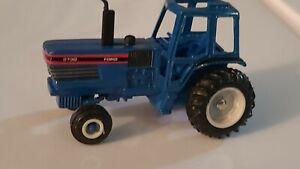 Vintage ERTL Ford New Holland 8730 Tractor 2541M  Die Cast 1:64
