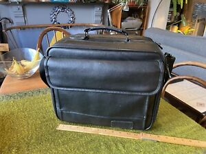 "TARGUS 12"" Laptop Bag/Briefcase/Flight Bag, 3 Main Compartments + 3 Pockets"
