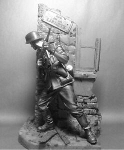 German Sergeant Major France 1940 Year 90mm 1/24 Scale Unpainted Tin Figure