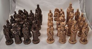 Lot 32 Vintage ?Alberta's Mold Ceramic Brown & Tan Chess Pieces Complete Set