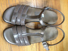 SAS 7.5  Women's Taupe Leather Sandals Worn Once