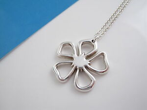 Tiffany & Co RARE Silver Flower Pendant Necklace Pouch