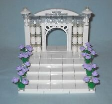 NEW LEGO WEDDING ARCH, LAVENDER FLOWERS CAKE TOPPER FOR BRIDE AND GROOM MINIFIGS