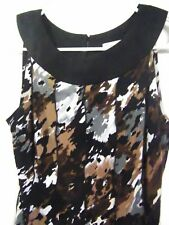 DRESSBARN LADIES SIZE 6 BLOUSE TOP POLY AND SPANDEX SLEEVELESS RIBBED