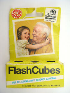 Vintage GE FlashCubes For All Standard Flashcube Cameras Cubes NOS 3-pack in box