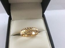 9ct Gold patterned Wedding ring size M1/2