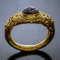 Ancient Roman Garnet Intaglio Gold Ring
