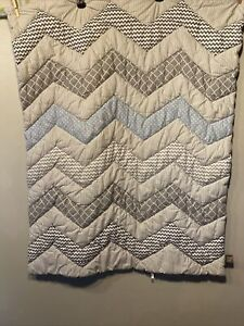 Trend Lab Crib Comforter And Dust Ruffle Skirt Chevron Quilted Grays Blue Boy