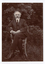 PHOTO ANCIENNE Portrait Homme assis Chaise rotin Lunettes Jardin Vers 1900 Barbe