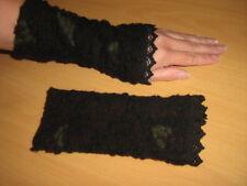 Walk-Wolle-Armstulpen -Pulswärmer braun-schwarz-grün mit Spitze  by Zonel Mode