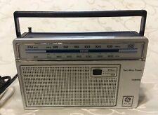 VINTAGE GENERAL ELECTRIC AM FM RADIO MODEL #7-2665C TESTED WORKS GREAT