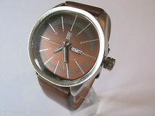 Reloj para hombre FENCHURCH grandes ovalados Esfera Marrón ventana de fecha correa de cuero marrón