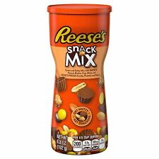 NEW REESES SNACK MIX WITH REESES CUPS MINIS PREZTELS AND PEANUTS 6.8 OZ