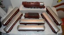 """Lionel Chicago & Alton """"659"""" Engine and Tender with 6 matching Passenger Cars"""
