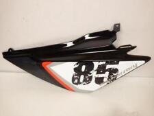 Cache latéral gauche moto Derbi 50 Senda DRD racing 2005 - 2008 86467100WN05 Ne