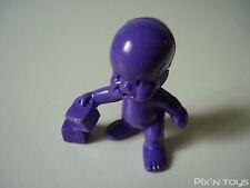 Les Babies / Figurine baby N°48 Céleste petite peste - violet foncé