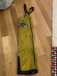 "Mountain Hardwear Men's Medium High Exposure Gore-Tex C-Knit Bibs 32"" Inseam"