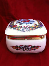 Heritage House porcelain music box Melodies of Christmas Joy to the World 1990