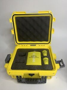 NEW Invicta Limited Edition Flask Set With Yellow Impact Dive Case Collector Box