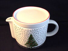 WAECHTERSBACH WHITE CHRISTMAS 5 CUP TEAPOT WITH LID - GREAT GIFT IDEA!