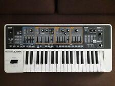 Roland SH-01 GAIA Synthesizer, wie neu, in OVP