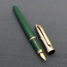 V'Sign Stride Fountain Pen with 3-in-1 Filling System - Green