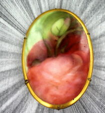 VINTAGE HAND PAINTED PORCELAIN CAMEO BROOCH PIN