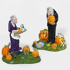 Department 56 - A Gravely Haunting Limited 2004RetiredSnow VillageHalloween