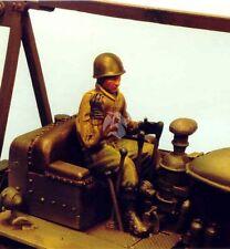 Resicast 1/35 US Bulldozer Driver in Winter Dress Northwest Europe WWII 355529