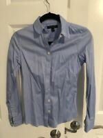 Banana Republic Women Non-Iron Fitted Light Blue -Button Down Long Sleeve Size 0