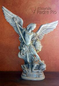 Statua di San Michele Arcangelo, effetto Ivecchiato, lucido 40cm