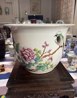 Antique Chinese Famille Rose jardiniere Porcelain Planter Pot