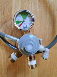 Primary Co2 Gas Regulator /with Gauge, Man Cave Home Bar