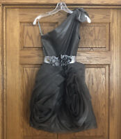 WHITE by Vera Wang One Shoulder Cocktail Knee Length Gray Dress W/Fancy Belt Sz2